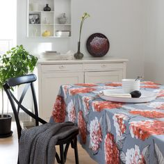 Pink Hortensia table runner is cm in size. Material: linen and cotton. Wishbone Chair, Pattern Making, Plywood, Table Runners, Pastel, Colours, Pillows, The Originals, Hydrangea