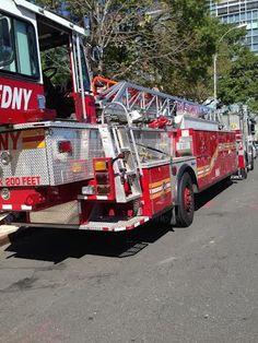 FDNY Tiller Ladder 118-Brooklyn