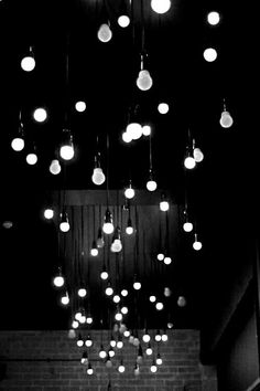 Aesthetic Light, Gray Aesthetic, Black Aesthetic Wallpaper, Black And White Aesthetic, Aesthetic Grunge, Black And White Picture Wall, Black And White Wallpaper, Black And White Pictures, Black White
