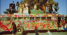 Electric Kool-Aid Cuckoo's Bus: Go further with Ken Kesey and his Merry Pranksters Hippie Man, Happy Hippie, Hippie Love, Hippie Style, Hippie Vibes, Hippie Chick, Hippie Gypsy, Gypsy Soul, Bohemian Style