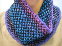 Ravelry: Half Linen Stitch-ish Cowl pattern by Nicole Nehrig Knitting Wool, Knit Cowl, Knitted Shawls, Knit Crochet, Knitted Scarves, Knitting Patterns Free, Stitch Patterns, Linen Stitch, Spinning Yarn