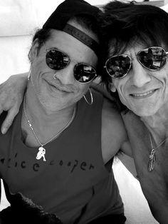 Slash & Ronnie Wood