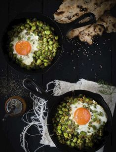 Breakfast broad beans with garlic, dill and egg. The combination of cooked garlic, butter, turmeric and dill produces a beautiful aroma and taste., and be eaten with bread or with rice and served for lunch or dinner. Egg Recipes, Brunch Recipes, Cooking Recipes, Beans Recipes, Veg Dishes, Healthy Dishes, Vegetable Recipes, Vegetarian Recipes, Healthy Recipes