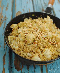 Blumenkohl & Couscous in einem köstlichen Pfannengericht vereint. Durch die vielen orientalischen Gewürze ein besonderes Geschmackserlebnis.
