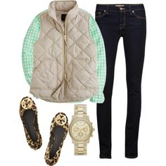 This screams preppy suburban mother, but I love it so much: Collared shirt, quilted vest, skinny jeans, leopard flats and gold details