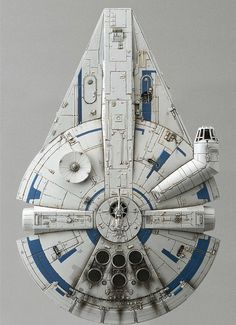 Solo star wars story Millennium Falcon - Star Wars Ships - Ideas of Star Wars Ships - Solo star wars story Millennium Falcon Rpg Star Wars, Nave Star Wars, Star Wars Ships, Star Trek, Star Wars Collection, Millennium Falcon, Chewbacca, Star Citizen, Star Wars Spaceships