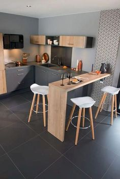 32 Beautiful Small Kitchen Design Ideas And Decor. If you are looking for Small Kitchen Design Ideas And Decor, You come to the right place. Below are the Small Kitchen Design Ideas And Decor. Ikea Kitchen Remodel, Home Decor Kitchen, Interior Design Kitchen, Kitchen Remodeling, Remodeling Ideas, Kitchen Hacks, Kitchen Gadgets, Studio Kitchen, Kitchen Furniture