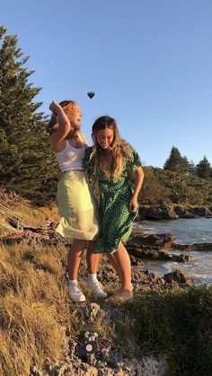 Foto Best Friend, Best Friend Goals, Best Friend Pictures, Friend Photos, Summer Vibes, Poses Photo, Look Girl, Summer Dream, Style Summer