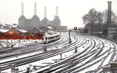 2007: Snow covers the tracks outside Victoria station