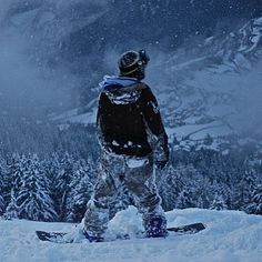 Tag someone that loves it Welcome to Snowgearz.com #snowboarding #snow