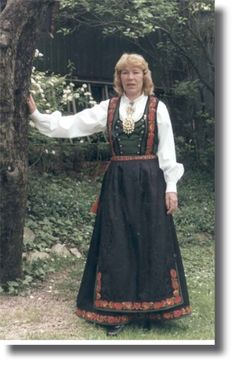 Tinn Bunad- Folk Costume, Costumes, Norwegian Clothing, Going Out Of Business, Norway, Scandinavian, Textiles, Embroidery, Image