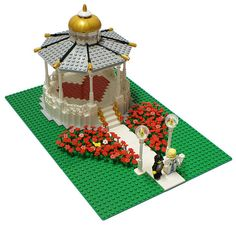 Bricklink is the world's largest online marketplace to buy and sell LEGO parts, Minifigs and sets, both new or used. Search the complete LEGO catalog & Create your own Bricklink store. Gingerbread Christmas Decor, Lego Christmas, Lego Winter Village, Lego Valentines, Lego Sculptures, Lego Boards, Lego Duplo, Lego Moc, Lego Modular
