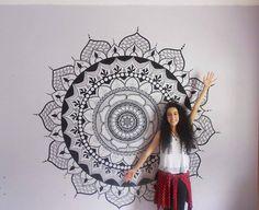 Seja na parede ou nos móveis, a Isa Deodato (ISART) arrasa nas artes com POSCA!
