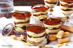 tiramisu Cute Desserts, Healthy Dessert Recipes, Sweets Recipes, No Bake Desserts, Delicious Desserts, Cake Recipes, Yummy Food, Cookies And Cream Cake, Sweet Cakes