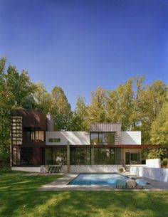 Simple Crab Creek House Design by Robert Gurney Architect