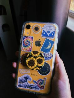 💛✨🌟 – Phone case for girls Girly Phone Cases, Pretty Iphone Cases, Diy Phone Case, Iphone Phone Cases, Iphone Case Covers, Tumblr Phone Case, Aesthetic Phone Case, Accessoires Iphone, Coque Iphone 6
