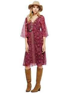 Buy the Bohemia Floral Kimono Fit & Flare Dress with Camisole from Marks and Spencer's range. Fashion Line, Boho Fashion, Fashion Outfits, Trendy Plus Size Clothing, Plus Size Outfits, Classy Outfits, Trendy Outfits, 2015 Fashion Trends, Fashion Ideas