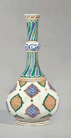 Vacation Rentals, Homes, Experiences & Places - Airbnb Glazes For Pottery, Ceramic Pottery, Pottery Art, Turkish Design, Turkish Art, Ceramic Painting, Ceramic Art, Quartz Tiles, Islamic Tiles