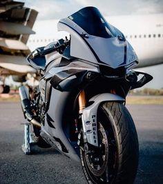 R1 Bike, Bike Bmw, Yamaha Motorcycles, Moto Bike, R15 Yamaha, Yamaha R1, Motorcross Bike, Cafe Racer Motorcycle, Sports Car Wallpaper