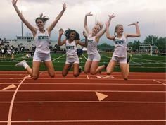 Cute Cheer Pictures, Track Pictures, Bff Goals, Best Friend Goals, Cross Country Motivation, Cross Country Pictures, Cheer Dance Routines, Katie Lynn, Best Friend Pictures