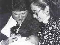 #storq #pregnancy #maternity #billclinton