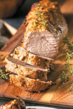 Τοψαρονέφρι είναι από τα κομμάτια που θέλουν πολλή προσοχή στο μαγείρεμα γιατί στεγνώνει εύκολα ενώ «ζητά» βαθιά νόστιμες σάλτσες όπως αυτή που σάς προτείνουμε σε αυτή τη συνταγή. Greek Desserts, Greek Recipes, Real Food Recipes, Baking Recipes, Yummy Food, Pork Tenderloin Recipes, Pork Recipes, True Food, Fun Cooking
