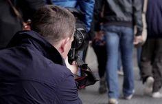 Una original sesión de fotografía de moda por las calles de Madrid