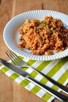 Paradicsomos-gombás bulgur csirkehússal Fried Rice, Quinoa, Cooking Recipes, Ethnic Recipes, Food, Bulgur, Hungarian Recipes, Chef Recipes, Essen