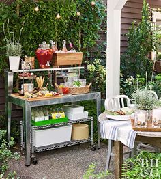Turn an Ordinary Potting Bench into an Outdoor Party Station Tricked out right, an ordinary potting bench becomes a leave-it-out-all-summer sideboard for storing and serving. Outdoor Areas, Outdoor Rooms, Outdoor Dining, Outdoor Furniture Sets, Deck Furniture, Fairy Furniture, Outdoor Kitchens, Outdoor Benches, Wooden Furniture