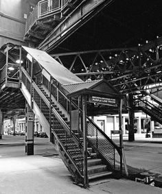 Chicago El station entrance, Loop Elevated Trains in Illinois USA