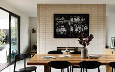 Gallery of Alphington House by InForm Design / The Local Project - The Local Project Decor, Dining Room Small, Dining Room Wall Art, Dining Room Wall Decor, Red Kitchen Walls, Dining Room Art, Dining Room Paint, Elegant Dining Room, Kitchen Wall Decor