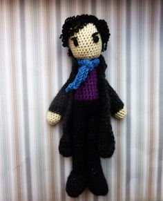 Im a big fan of modern BBC Sherlock. I like it more than any other adaptation. Maybe even more than books. I wanted to make a Sherlock doll
