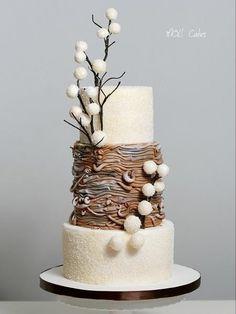 Winter wedding by MOLI Cakes - http://cakesdecor.com/cakes/263135-winter-wedding