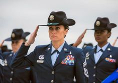 Us Air Force, Air Force Women, San Antonio, Joining The Military, Master Sergeant, Military Women, Military History, Military Ranks, Military News