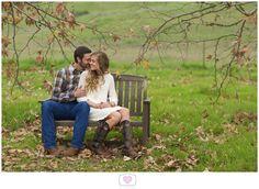 Wear something that compliments your wedding theme!  #virginiabeachphotographer  #orangecounty #engagementphotography