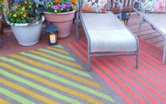 Diy Outdoor Rug - Paint an outdoor rug to match the decoration of your home and add to your garden or patio design. Sisal carpets are durable outdoor Outdoor Rugs, Outdoor Living, Outdoor Decor, Outdoor Spray Paint, Modern Plant Stand, Painted Rug, Carpet Trends, Cheap Carpet Runners, Carpet Colors