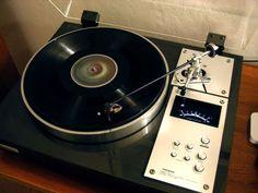 Very nice Pioneer vintage turntable. Hifi Turntable, Audiophile, Hi Fi System, Audio System, High End Turntables, Retro, Audio Room, Hifi Audio, Hifi Stereo