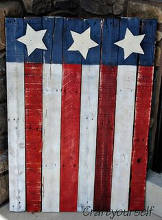 American Flag made from a Pallet. I have one of these cuties Thanks friend:) - America Flag - Ideas of America Flag Patriotic Crafts, Patriotic Decorations, July Crafts, Holiday Crafts, Patriotic Nails, Patriotic Desserts, Patriotic Wreath, Thanksgiving Crafts, Wooden American Flag