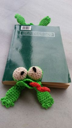 Bookmark frog