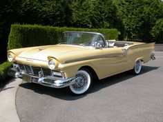 '57 Ford Skyliner Retractable