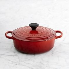 Le Creuset Cast Iron Cookware & Le Creuset Pots & Pans | Williams-Sonoma