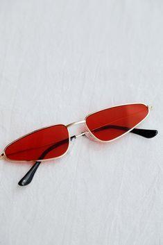Heart Shaped Sunglasses, Cute Sunglasses, Sunnies, Mirrored Sunglasses, Sunglasses Women, Trending Sunglasses, Sunglasses Shop, Piercings, Cool Glasses