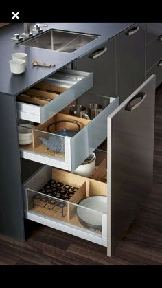Diy storage ideas for kitchen organizing cabinets Ideas Modern Kitchen Cabinets, Kitchen Drawers, Kitchen Cabinet Design, Modern Kitchen Design, Kitchen Pantry, Interior Design Kitchen, Kitchen Walls, Kitchen Soffit, Kitchen Counters