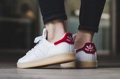 "WMNS adidas Stan Smith ""White/Collegiate Red"" (Chenille) - EU Kicks Sneaker Magazine"