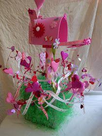 It's a Princess Thing: 12 Valentine Box Ideas for Kids My Funny Valentine, Valentine Day Boxes, Valentines Day Treats, Saint Valentine, Valentine Day Crafts, Holiday Crafts, Holiday Fun, Valentine Ideas, Valentine Stuff