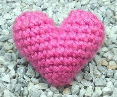 """3D """"Puffy"""" Crochet Heart"""