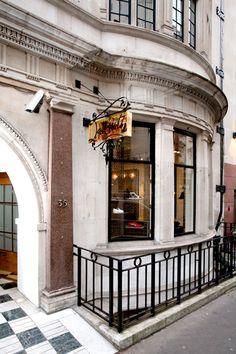 Christian_Louboutin_Dover_Street_London_Mens_Boutique_Photographer_Susie_Rea-(6)
