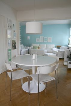 Docksta on pinterest tulip table ikea and plywood chair for Docksta dining table
