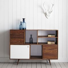 Jeyo Sideboard from Graham
