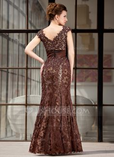 Trumpet/Mermaid V-neck Floor-Length Lace Mother of the Bride Dress With Beading (008018983) - JJsHouse